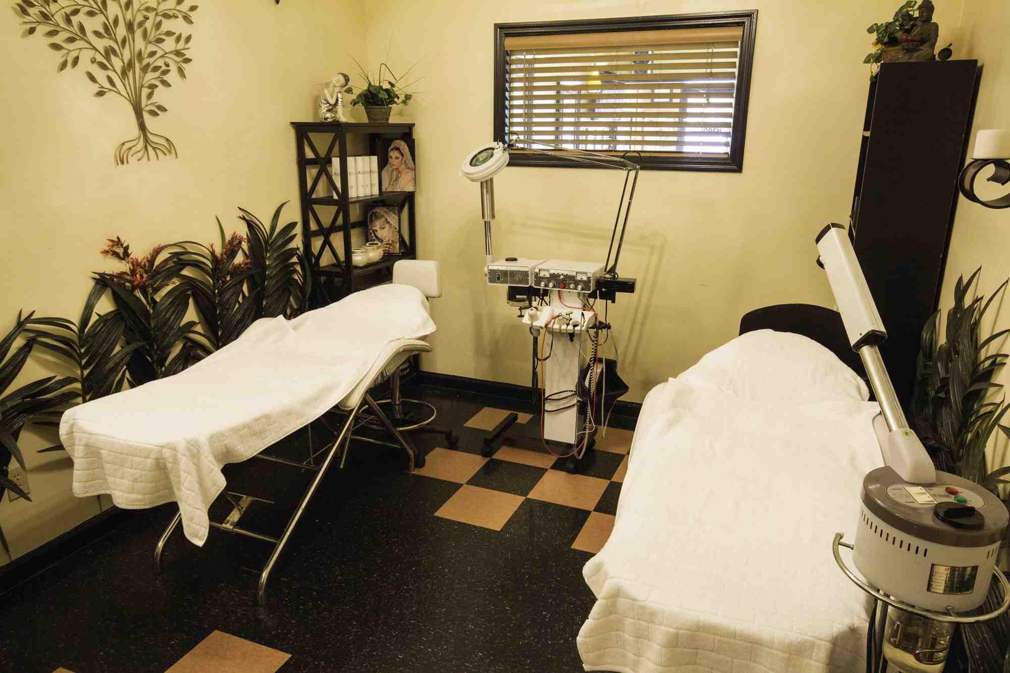 Cary Beauty Salon Interior 4