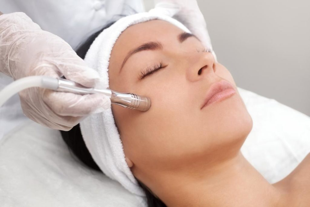 Woman recieing microdemabrasion service